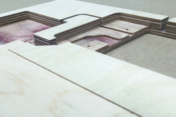 Electronics demonstration casing slider2